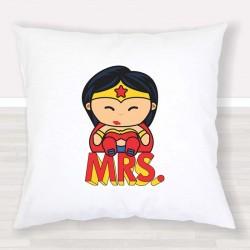 Cojín Mrs. Wonder Woman